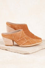 Matisse Crossroads Suede Heel
