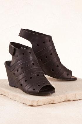 Walnut Gabby Leather Wedge