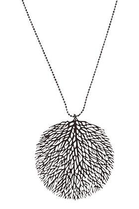 365 Days Filigree Circle Necklace