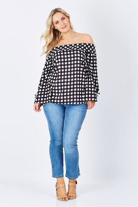 Wite Picnic Top