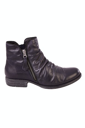 EOS Willett Leather Ankle Boot