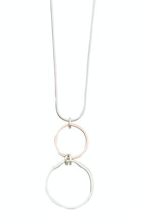 Tiger Tree Worn Silver Rose Circle Pendant Necklace