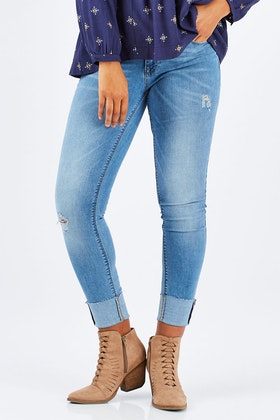 Only Carmen Regular Skinny Jean
