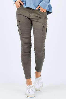Betty Basics Casper Denim Cargo Pant