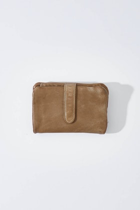 Stitch and Hide Newport Washed Leather Wallet