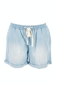 The Weekend Chambray Short