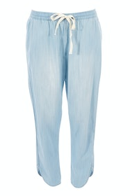 The Chambray Curved Hem Pant