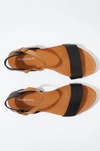 Django & Juliette Jinnit Leather Flat