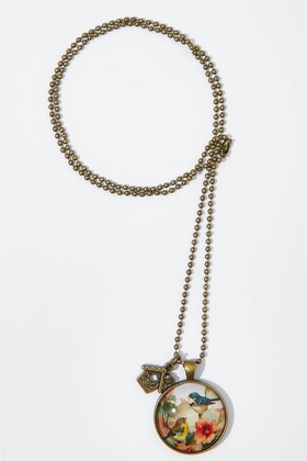 Nest Of Pambula Vintage Bird Pendant w Birdhouse Charm