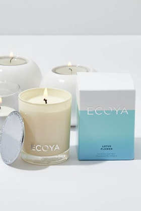 Ecoya Mini Madison Lotus Flower Candle