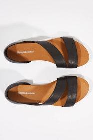 Jerris Leather Flat Sandal
