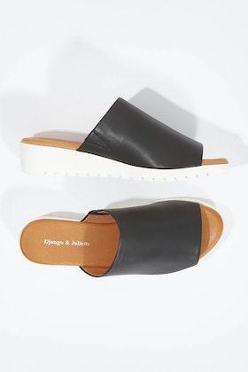 Django & Juliette Merries Leather Mule Wedge