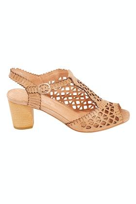 Django & Juliette Cairn Leather Heel