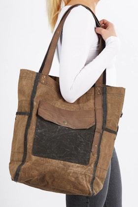 Mona B Oasis Tote Bag