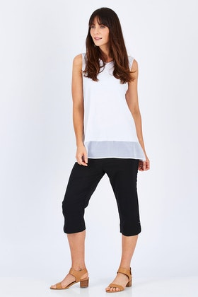 Threadz Trimmed Pocket Cropped Pant