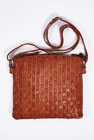 Dana Leather Shoulder Bag