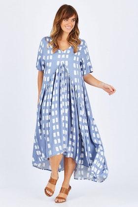 PQ Collection Short Sleeve Peak Maxi Dress