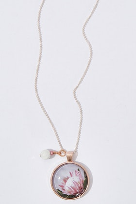Nest Of Pambula King Protea Pendant With Natural Howlite Necklace