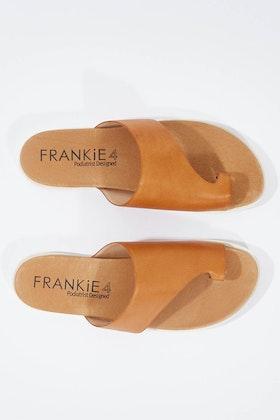 FRANKiE4 Lilli Flat Sandal