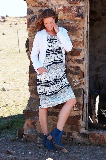 03b0adf36dad1 Clarity By Threadz Fashion for size 16+ Print Drape Dress - Womens ...