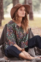 Scandi bird Alskling Print Top