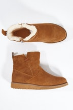 885634e593 Barrow Waterproof Leather Boot Emu Australia $249.95 Emu Australia Beach  Mini Boot