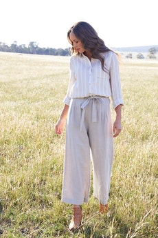 2f5a80b53b Shop Women s Styled Outfits at Birdsnest