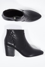 Wild Sole Cid Ankle Boot