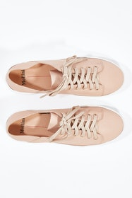 Oskher Leather Sneaker
