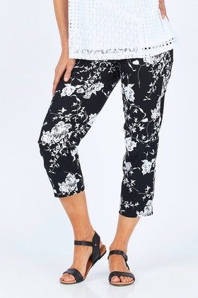 Clarity By Threadz Print Pull On Pants