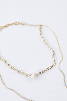 Jolie & Deen Lilly Pearl Necklace